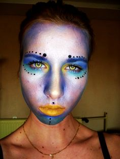 Alien make up