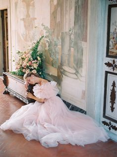 Looking for a blush wedding dress inspiration? This wedding inspiration shoot at the Villa Medicea di Lilliano is a must see! Pink Wedding Gowns, Tulle Wedding Gown, Blush Wedding Flowers, Cheap Wedding Dress, Bridal Beauty, Bridal Hair, Bridal Makeup, San Diego Wedding Photographer, Bridal Shoot