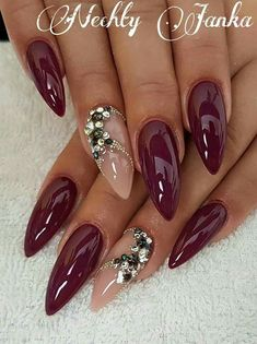 and beautiful nail art designs Beautiful Nail Designs, Beautiful Nail Art, Gorgeous Nails, Bling Nails, Red Nails, Stiletto Nails, Nail Pink, Acrylic Nail Designs, Nail Art Designs