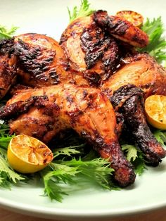 Barbecue Spatchcock Chicken: Also known colloquially as flatties, spatchcock chickens have long been a feature of the traditional South African braai. Quail Recipes, Braai Recipes, Spatchcock Chicken, Tandoori Chicken, Easy Weekday Meals, Easy Meals, South African Braai, South African Recipes, Ethnic Recipes