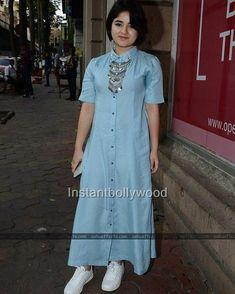 Zaira Wasim Cute and sweet Simple Kurti Designs, Kurta Designs Women, Blouse Designs, Indian Designer Outfits, Indian Outfits, Western Outfits, Stylish Dresses, Casual Dresses, Stylish Kurtis Design
