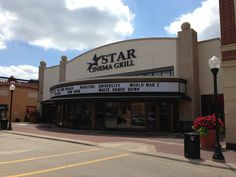 Retail opportunity available in downtown Arlington Heights, IL!