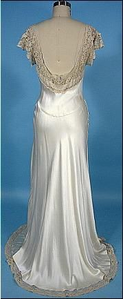 """c. 1930's """"Heavenly Silk Lingerie"""" by FISCHER Ivory Bias Silk and Lace Charmeuse Negligee"""