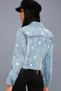 Diy denim jacket Heavenly Body Embroidered Light Wash Denim Jacket Do you know when to begin teachin Pins On Denim Jacket, Light Wash Denim Jacket, Denim Jacket Patches, Denim Jackets, Cool Jackets, Light Denim, Jean Jackets, Customised Denim Jacket, Painted Denim Jacket