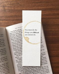 Creative Bookmarks, Diy Bookmarks, Crochet Bookmarks, Homemade Bookmarks, Ribbon Bookmarks, Bookmarks Quotes, Bookmark Craft, Bookmark Ideas, Watercolor Bookmarks