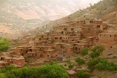 Walking Treks - Trekking in Morocco, Day trips from Marrakech, Marrakech Casablanca, Les Philippines, Desert Life, Mountain Bike Trails, Mountain City, Atlas Mountains, Morocco Travel, Day Tours, Destinations