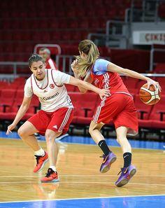 A Milli Kadın Basketbol Takımı, Belgrad'a gitti All News, Good News, Basketball Court, Sports, Hs Sports, Sport