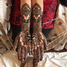 Detailed Mehndi Design on Arms