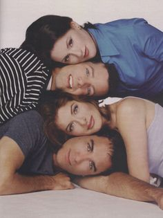 Will and Grace <3   i loved this show...they should have gotten together...but no. :(