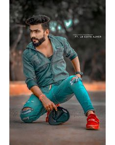 Best Poses For Photography, Indian Wedding Couple Photography, Portrait Photography Men, Modeling Photography, Photoshop Photography, Best Poses For Men, Good Poses, Mens Poses, Mens Photoshoot Poses