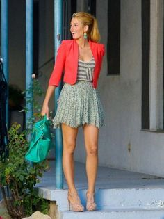 Try out Chic Blake Lively Style blake lively style blake-lively-bohemian-style-colorful-gossip-girl-favim. Gossip Girl Blair, Gossip Girls, Moda Gossip Girl, Blake Lively Gossip Girl, Estilo Gossip Girl, Gossip Girl Outfits, Gossip Girl Fashion, Gossip Girl Clothes, Gossip Girl Style