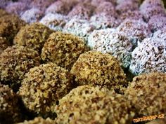 !!! LUXUSŇOUČKÉ !!! NEPEČENÉ KULIČKY Z HORALEK, OBALENÉ V KOKOSU, OŘÍŠKÁCH ... ÚÚÚŽASNĚ LAHODNÉ A NÁPADITÉ!!!! Christmas Sweets, Christmas Cookies, Russian Recipes, Sweet And Salty, No Bake Cake, Vegetable Recipes, Sweet Recipes, Sweet Tooth, Food And Drink