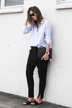 Photos via: Modern Legacy Great masculine-inspired minimal look on Kaityln. Love the contrast...