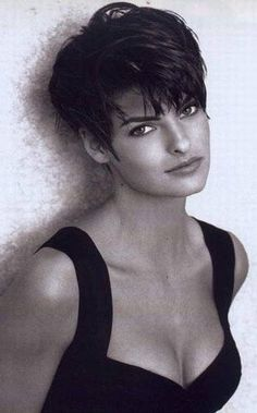 38 Short Pixie Haircuts for Thick Hair Get Your Inspiration for 2020 Short Pixie Cuts Pixie Haircut For Thick Hair Cuts Hair haircuts Inspiration Pixie short Thick Short Hairstyles 2015, Short Hairstyles For Thick Hair, Short Pixie Haircuts, Short Hair Cuts For Women, Pixie Hairstyles, Curly Hair Styles, Short Cuts, Straight Thick Hair, Thick Coarse Hair