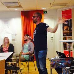 Åke Nygren talar om Mozilla Web Literacy Map på #digibib nätverksträff