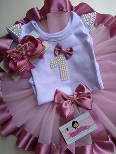 Baby Girl Birthday Dress, Birthday Dresses, Tulle Tutu, Tulle Dress, Mom Daughter Matching Dresses, Tulle Skirt Tutorial, No Sew Tutu, How To Make Tutu, Batik Dress