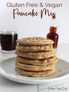 Enjoy this simple and delicious gluten free and vegan pancake mix recipe that creates delicious, fluffy and healthy pancakes. Using oat flour and flaxseed, this is the ultimate replacement for a store bought pancake mix. #vegan #veganrecipe #veganbreakfast #glutenfree #glutenfreerecipe #glutenfreebreakfast #veganglutenfree #glutenfreevegan #veganglutenfreerecipe #glutenfreeveganrecipe #veganpancake #glutenfreepancake #healthypancake #dairyfreepancake #eggfreepancake #pancakemix… Best Vegan Pancakes, Vegan Pancake Recipes, Dairy Free Pancakes, Tasty Pancakes, Homemade Pancakes, Oats Recipes, Fluffy Pancakes, Easy No Bake Desserts, Dessert Recipes