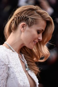 26 Devastatingly Gorgeous Celebrity Beauty Looks From Cannes 2015 Celebrity Hair and Makeup at Canne Party Hairstyles For Long Hair, Side Braid Hairstyles, Haircuts For Long Hair, Elegant Hairstyles, Trending Hairstyles, Celebrity Hairstyles, Medium Hair Styles, Short Hair Styles, Beauté Blonde
