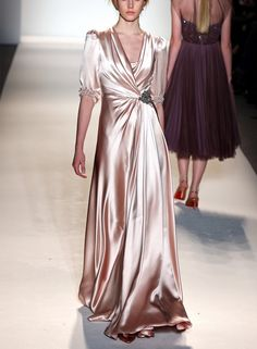 Phenomenal Fashion...very great Gatsby,,.roaring 20's
