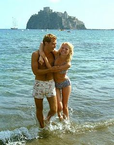 Gwyneth Paltrow and Jude Law in The Talented Mr. Ripley