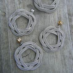 Guitar string pendants-An idea to use up broken strings?