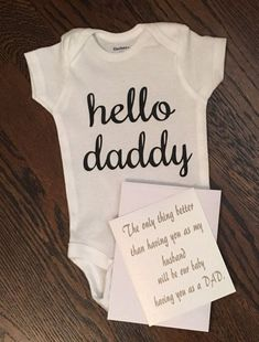Baby Announcement Discover Pregnancy announcement Hello daddy onesie gift for new dad new dad husband pregnancy announcement pregnancy shirt pregnancy reveal Save On Diapers, Baby News, Pregnancy Announcement To Husband, Husband Pregnancy Reveal, Baby Surprise Announcement, Vogue Kids, Gifts For New Dads, Mom Gifts, Future Mom