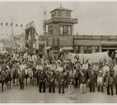 Panorama of the Panama-Pacific International Exposition. and others at the Zone Wild West Show, Panama Canal, Murals, Buffalo, San Francisco, Photograph, Street View, California, History