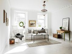 Step Into a Bright Space With Approachable Style via @domainehome