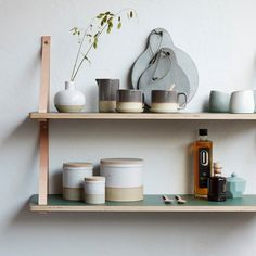 my scandinavian home: A light and airy Danish home inspiration with natural touches Kitchen Shelves, Wood Shelves, Shelving, Green Shelves, Living Room Flooring, Ceramic Design, Scandinavian Interior, Toque, Kitchen Styling