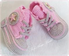 Newborn Crochet Patterns, Crochet Baby Dress Pattern, Crochet Baby Boots, Crochet Baby Sandals, Knitted Baby Clothes, Crochet Shoes, Crochet Slippers, Crochet Bebe, Baby Boy Booties