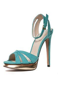 Something blue shopping ideas for your #wedding day: http://www.weddingandweddingflowers.co.uk/article/1103/15-something-blue-ideas-for-your-summer-wedding-day