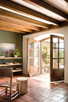 33 Ideas For Kitchen Green Rustic Color Palettes Rustic Color Palettes, Rustic Colors, Spanish Style Homes, Spanish House, Terracotta Floor, Kitchen Wall Colors, Kitchen Tiles, Mediterranean Decor, Floor Colors