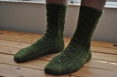 When my husband became ill with pneumonia, I wanted to make him as comfortable as possible. In addition to pushing fluids and making him bland meals, I decided to make him a pair of socks.
