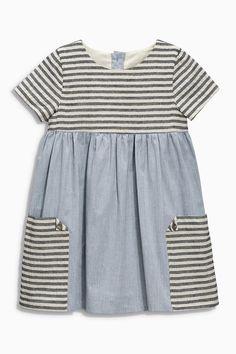 Buy Denim Stripe Pocket Dress months – 6 years) in the Next UK online shop – KinderMode Girl Dress Patterns, Clothing Patterns, Toddler Dress Patterns, Little Girl Dresses, Girls Dresses, Midi Dresses, Fashion Kids, Fashion Clothes, Diy Vetement