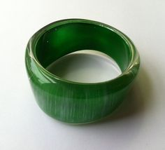 Vintage Hand Painted Lucite Wave Bangle Green by ColorfulMeVintage