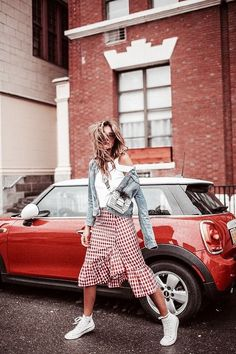 105  Amazing Spring Outfits To Try Now #spring #outfit #style Visit to see full collection