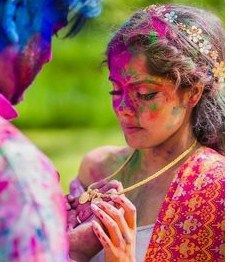 """Holi Wishes Messages 2021 During this spring here comes again """"Happy Holi""""""""Festival of holi"""" will be held on Monday, 9 March 2021"""