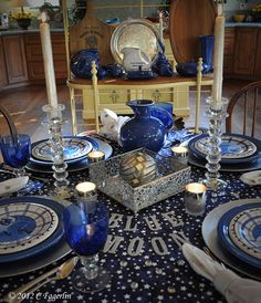 The Little Round Table, Blue Moon Tablescape