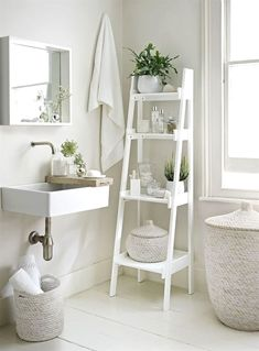 Small bathrooms may seem like a difficult design task to take on; however, these spaces may introduce a clever design challenge to add to your plate. Creating a functional and storage-friendly…MoreMore  #RemodelingonaBudget