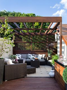 Queen Street Rooftop - contemporary - patio - toronto - by Terra Firma Design .... Like the sun screen wall