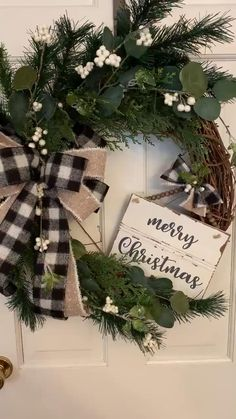 Merry Christmas, Christmas Porch, Farmhouse Christmas Decor, Rustic Christmas Tree Decorations, Country Christmas Trees, Plaid Christmas, White Christmas, Xmas, Christmas Wooden Signs