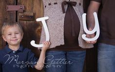 Maternity with older sibling photography Family Maternity Photos, Baby Bump Photos, Maternity Poses, Maternity Pictures, Newborn Photos, Pregnancy Photos, Baby Pictures, Older Sibling Photography, Maternity Photography