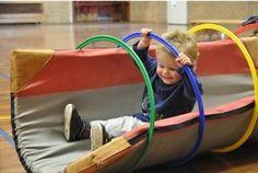 Onderwijs en zo voort ........: 2896. Gymactiviteiten : Matten en hoepels