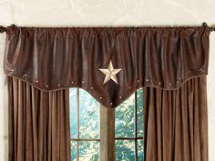 View our outstanding variety of Western curtains and window treatments available and ready to deliver at Lone Star Western Decor. Get great savings today on this Starlight Trails Chocolate Star Valance! Texas Star, Country House Interior, Home Interior, Interior Design, Interior Stairs, Country Homes, Interior Decorating, Western Style, Western Theme
