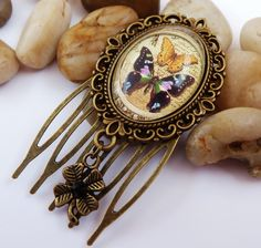 Small hair comb, steampunk, butterfly, vintage hair comb, girl hair accessoires - pinned by pin4etsy.com