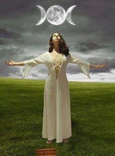 priestess of triple goddess Pagan Art, Pagan Witch, Wiccan, Triple Goddess, Moon Goddess, Goddess Art, Witch Craft, Gypsy Moon, Hedge Witch