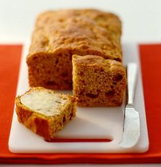 A treat that's a delicious and good for you too! Lactose/dairy free, Fig and banana bread is low in fat and high in fibre, perfect for a mid-morning snack or light afternoon tea.