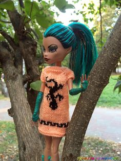 hand-knitted apricot dress tunic with black lizard pic Christmas Thoughts, Christmas Time, Christmas Gifts, Apricot Dress, Monster High Doll Clothes, Original Gifts, Clothes Crafts, Knitted Dolls, Handmade Items