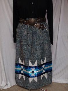 Ideas for sewing skirts girls shirts Native American Clothing, Native American Fashion, Native Fashion, Native American Regalia, Fancy Shawl Regalia, Kimono Fashion, Fashion Outfits, Traditional Skirts, Jingle Dress