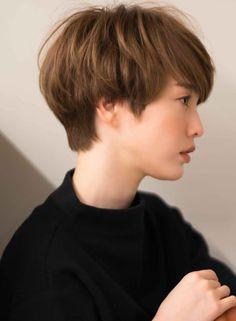 大人なジェンダーレスマッシュショート(髪型ショートヘア)